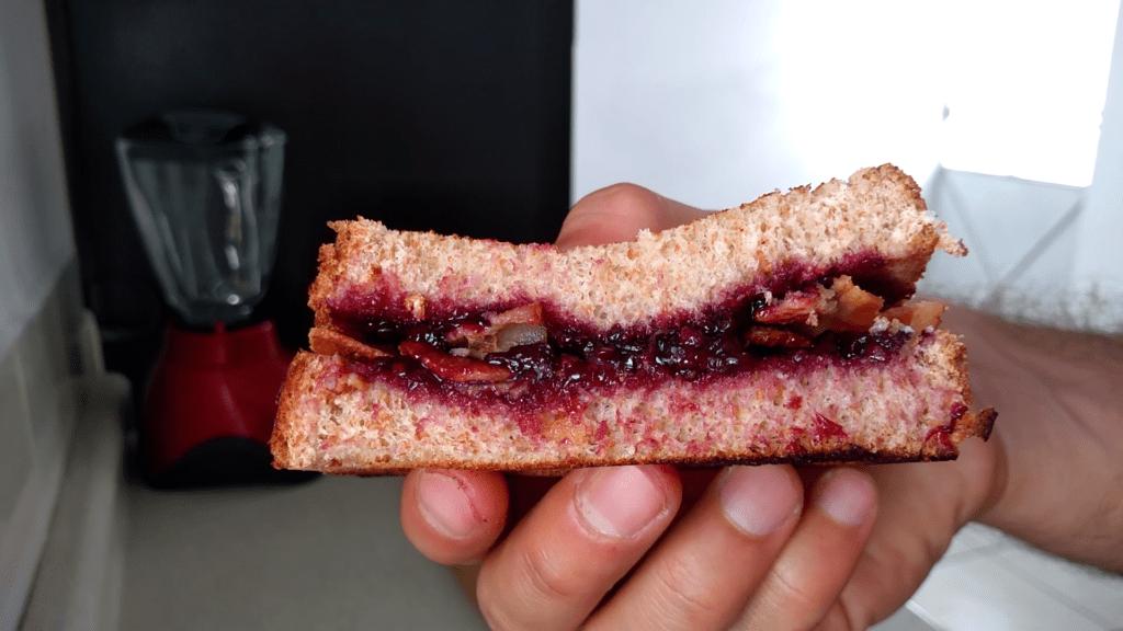 sándwich de mermelada y tocino